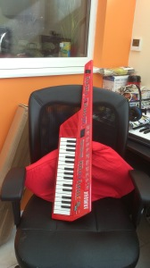 Yamaha SHS-10 that is! That's right, I have a keytar.