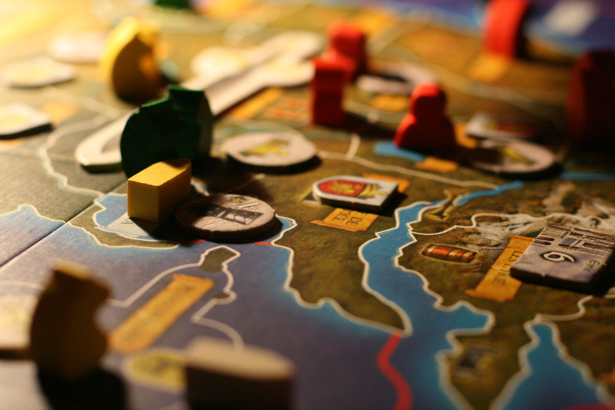 The 5 Best Licensed Game of Thrones Board Games