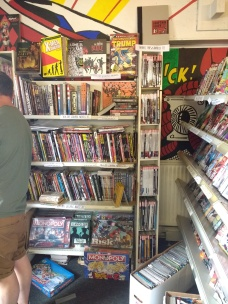 Graphic novels & comics