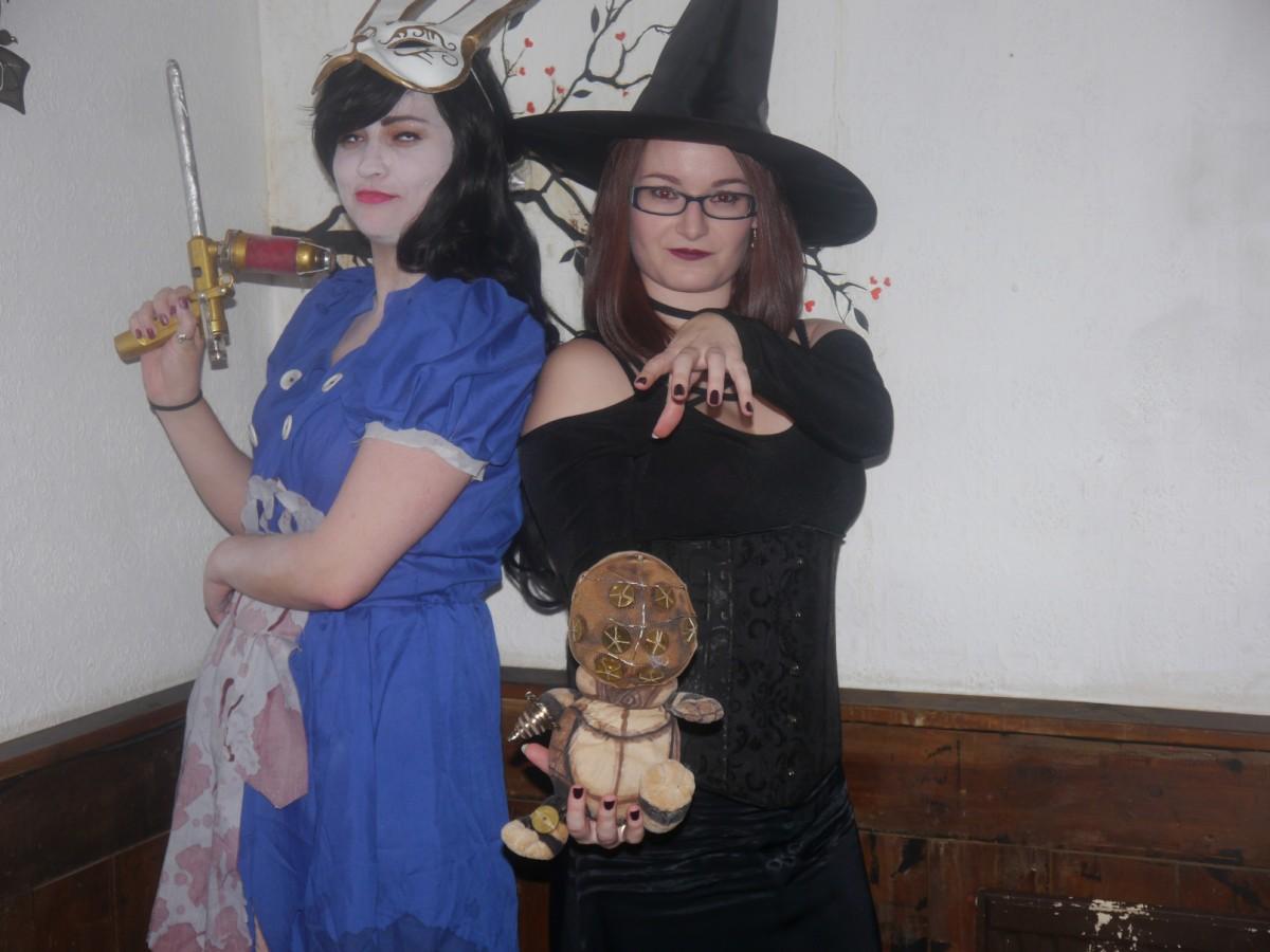 GeekOut Bristol Meet – October 12th: Spectre WaltzGallery