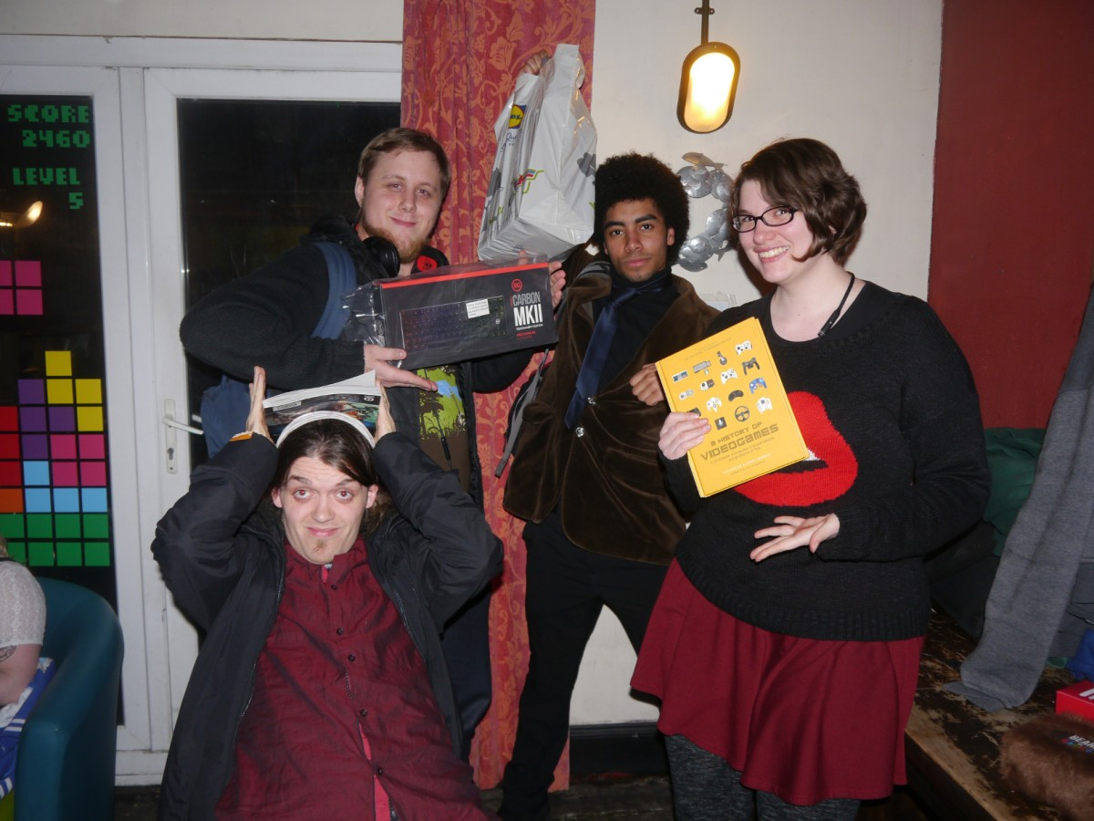 GeekOut Bristol Meet – March 8th: Mash The KeypadGallery